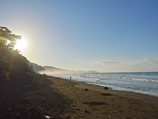 Ocean Tides When Surfing in Playa Dominical, Costa Rica