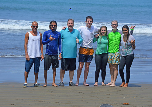 Surf Group for a beginner surf lesson