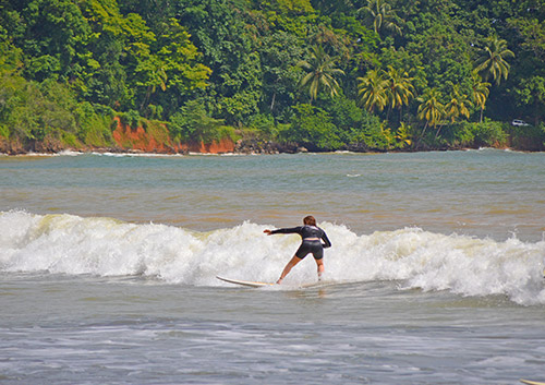 Playa Dominicalito Surfers for all Levels